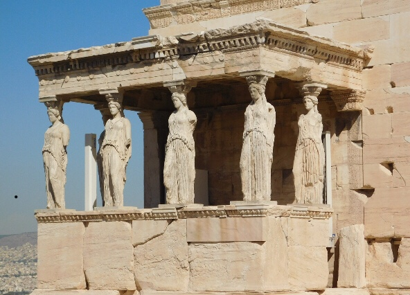 8 Ancient Greek Rules for this Life, We Should Still Follow Today